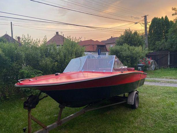 Barca+motor +peridoc