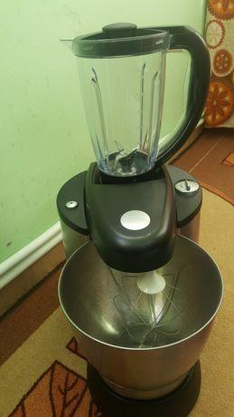 Кухненски робот.
