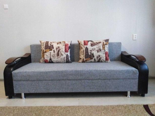 Мягкий диван тахта