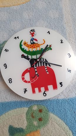 стенен часавник