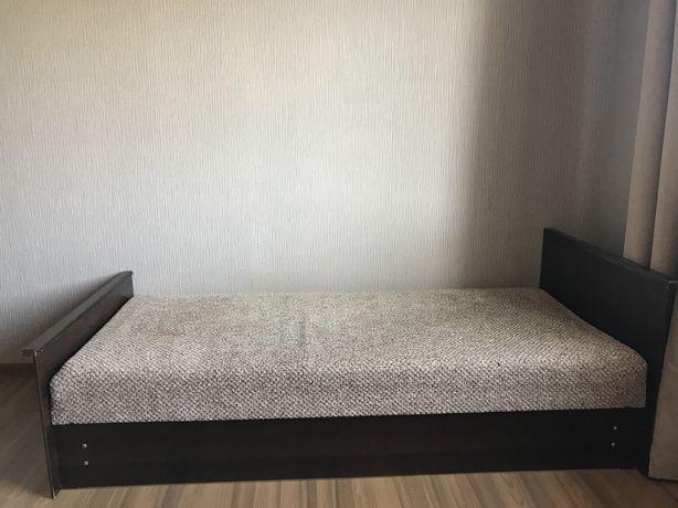 Продам мебель в хорошем состоянии. Возможен торг.
