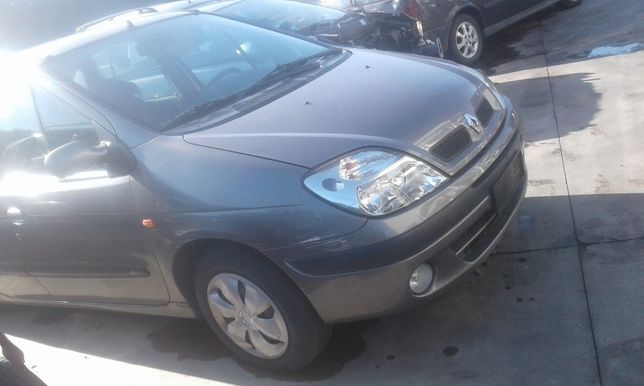 piese renault scenic 2002