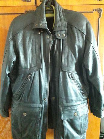 Мужская кожаная куртка ,осень-зима. Куртка в отличном состоянии.