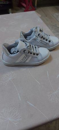 Италиански детски обувки