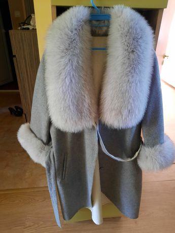 Уникално палто от алпака и сребърна лисица