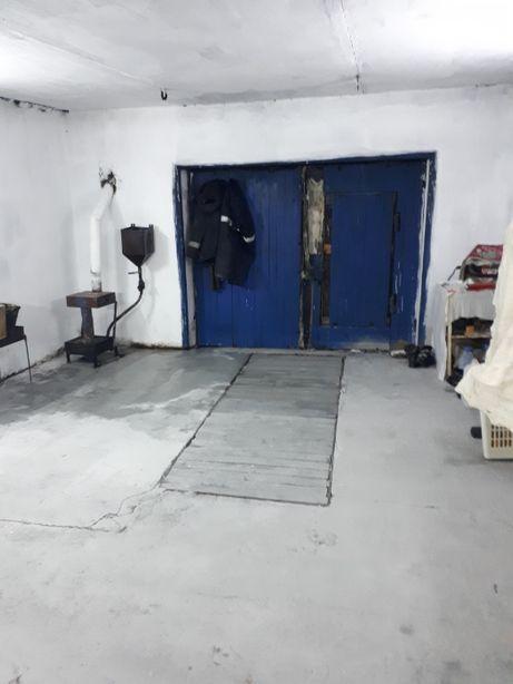 Продам гараж в 30 мкр-не