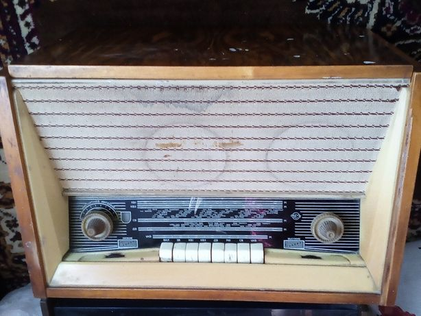 Продам радиолу