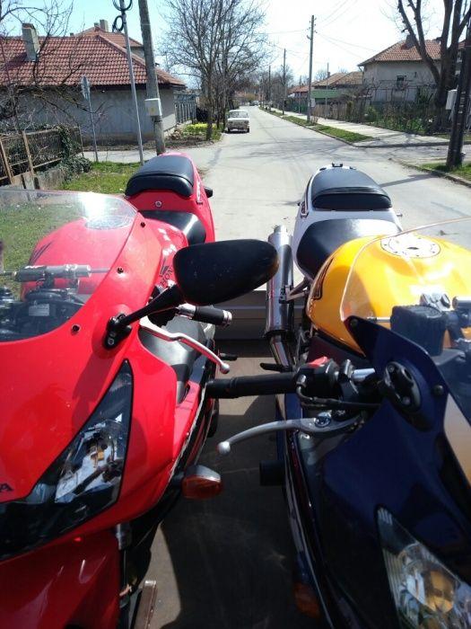 Ремарке/платформа за мотори под наем