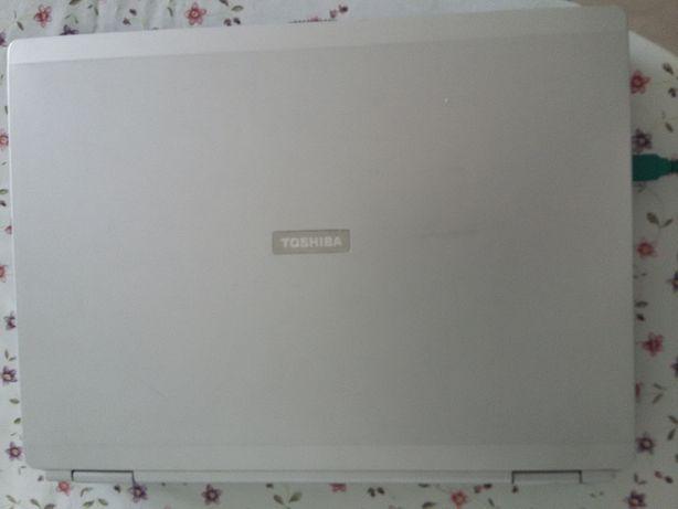 Ноутбук Toshiba на запчасти