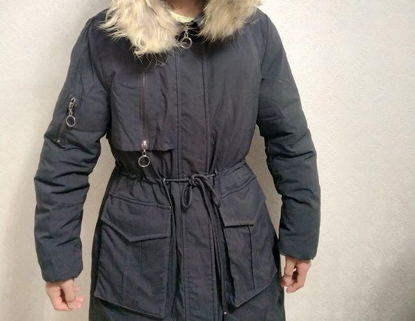 Куртка! В хорошем состоянии! Одевалось только одну зиму!