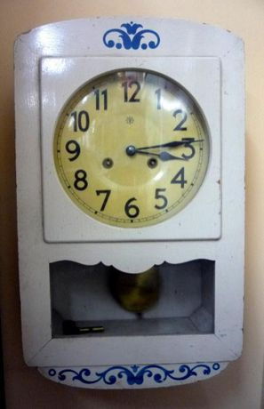 JUNGHANS 1890 г. Юнгханс стенен часовник