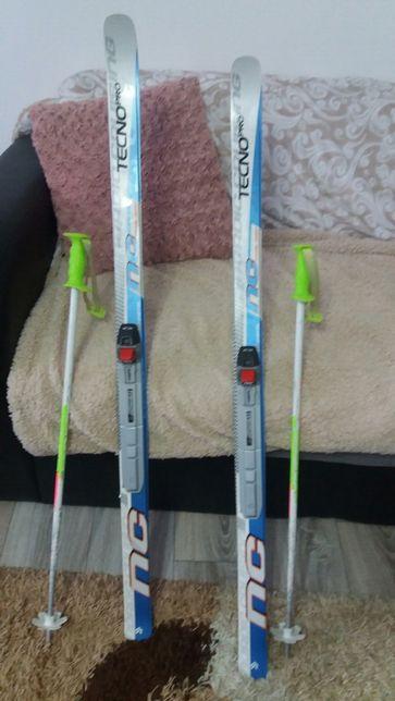 Skiuri tecno pro si bețe copii