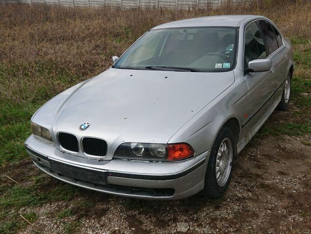 Dezmembrez BMW E39 NFL 520i benzina seria 5 dezmembrari piese