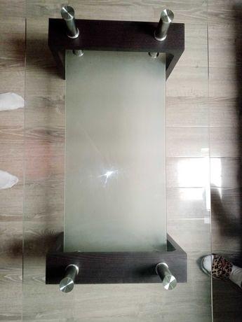 Măsuță din sticlă