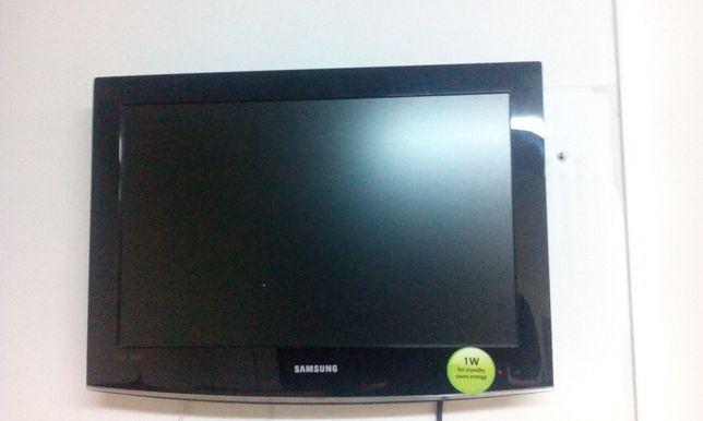 Televizor Samsung 56cm diagonala