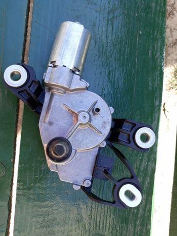 Motoras stergator spate Golf 5 plus