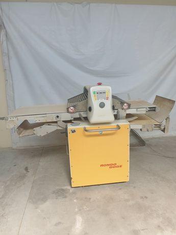 Ламинатор за производство на многолистно тесто