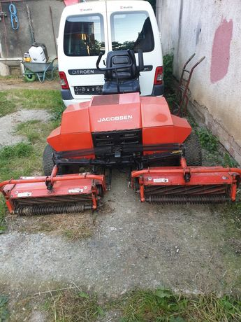 Tractoras Motocositoare iarba gazon jacobsen