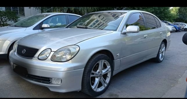 Продаю по запчастям Lexus GS300