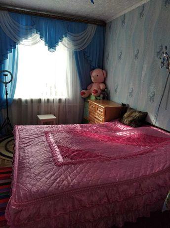 Продам 2х комнатную квартиру в 4-м микрорайоне