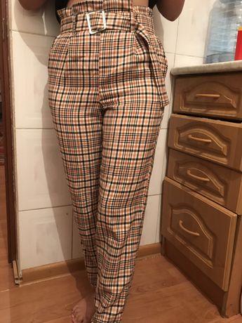 Клетчатые брюки от  LC waikiki