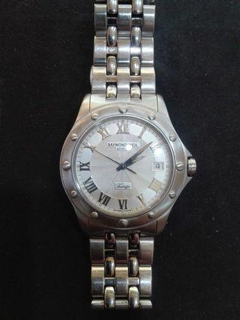 Продавам мъжки часовник raymond weil
