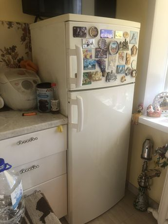 Холодильник Электролюкс в идеальном состоянии