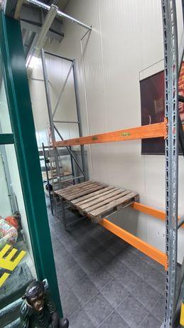 Поцинкован Палетен стелаж 930 кг палети