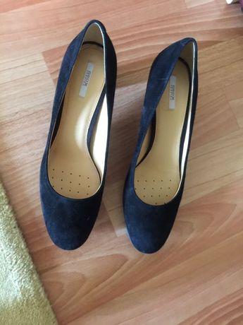 Продам женские туфли Geox 41 размер