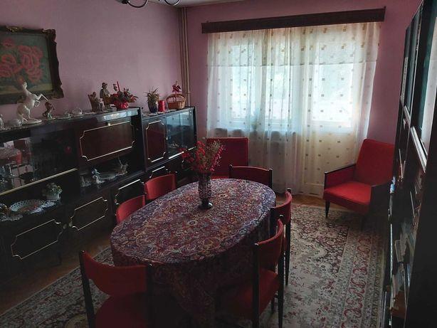 Apartament 4 camere DECOMANDAT Caracal ZONA CENTRALA