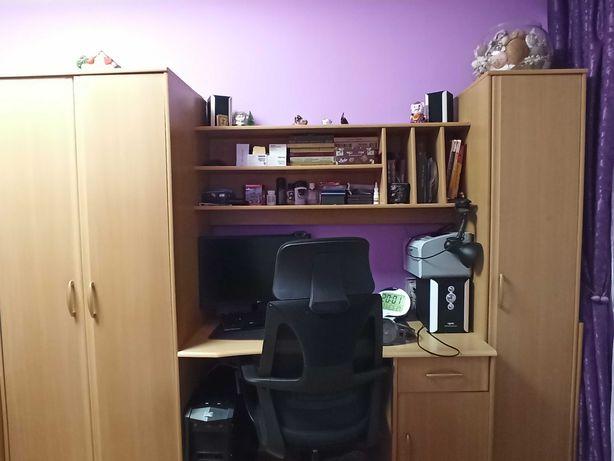 Продам мебель (стенку)