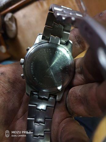 Продаю часы фирмы TISSOT