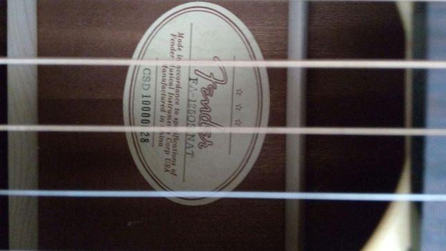 chitara Fender