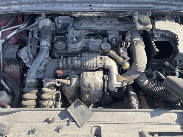 Motor complet fara anexe 1.6hdi cod 9HP