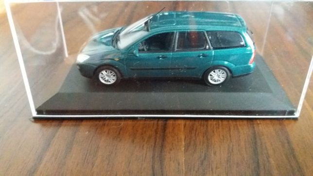 macheta ford focus tournier 1997 - minichamps, 1/43,dealer edition.