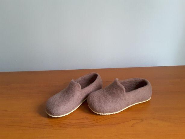 Тапочки детские из войлока ручной работы, размер стопы 19,0см.
