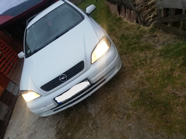 Vând Opel astra g