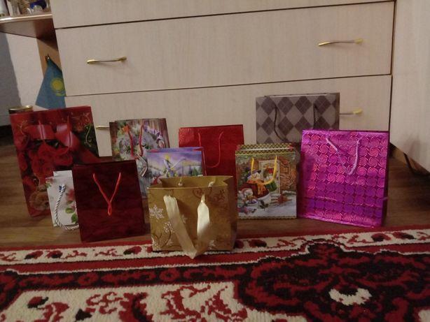 Продам подарочные пакеты