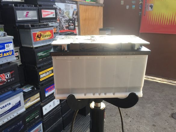 оригинален акумулатор 85ач,гаранция,доставка,приспадане за стар акум