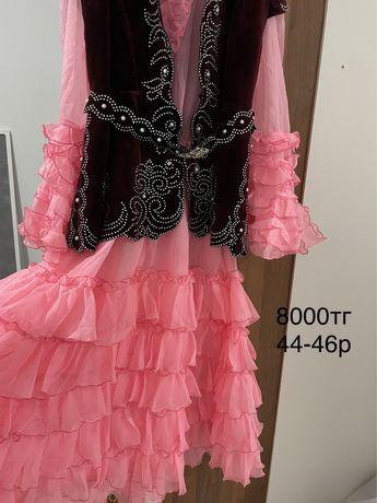 Продам нац.платье р44-46
