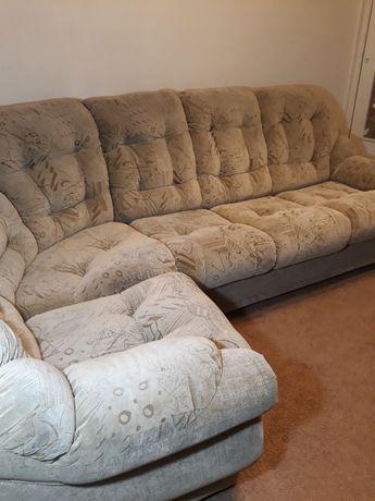 Продам угловой диван! СРОЧНО !