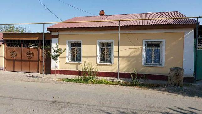 Жилой дом в центре Туркестана