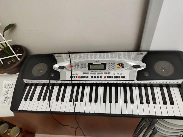 Синтезатор МК 2061