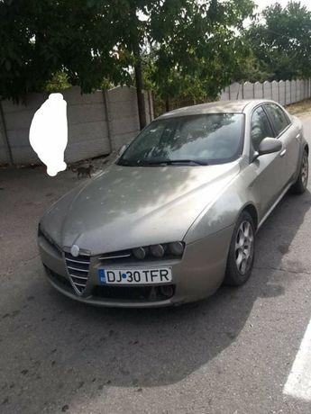 Vând Alfa Romeo 159