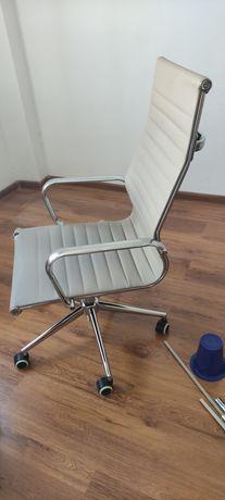 Продаю кресло бывшем в употреблений
