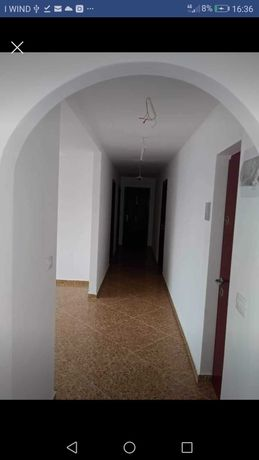 Apartament 3 camere de vanzare!!