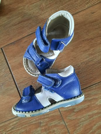 Детские сандалики ортопеды