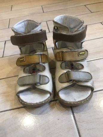 Ортопедическая обувь для мальчика 22р bebetom