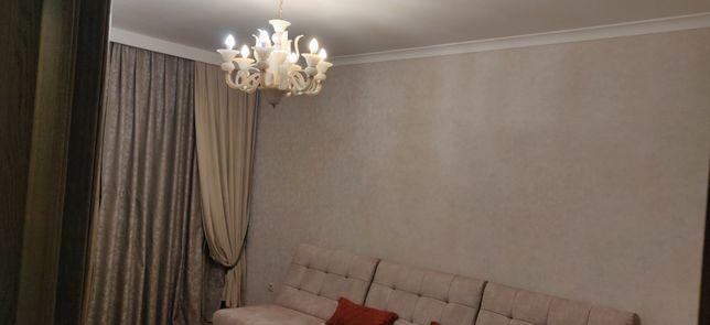 Продам 3 комнатную квартиру в тихом районе центра города