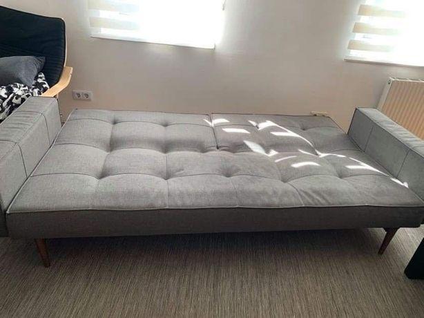 Canapea extensibila in stare foarte buna !